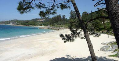 Playa Areacova en Cangas
