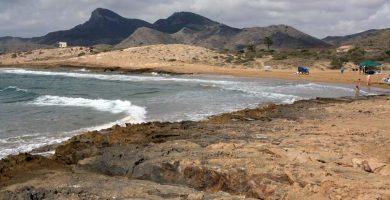 Playa Cala Arturo en Cartagena
