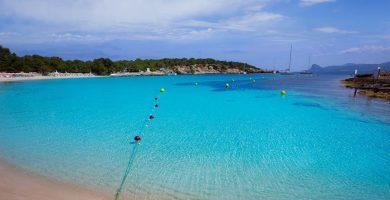 Playa Cala Bassa en Sant Josep de sa Talaia