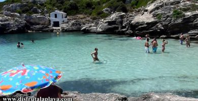 Playa Cala Binidali en Maó