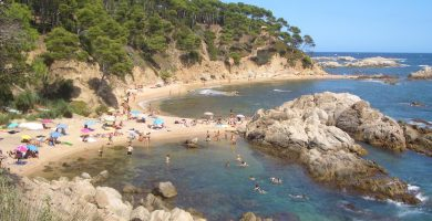 Playa Cala Caldés en Maó