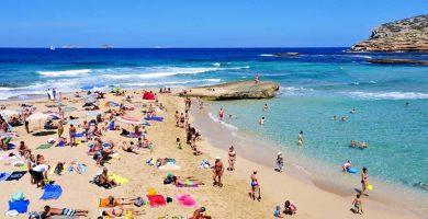Playa Cala Conta en Sant Josep de sa Talaia