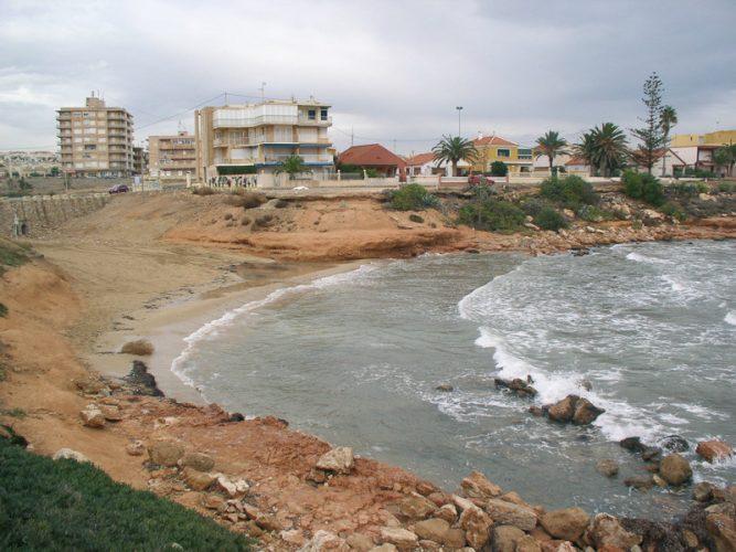 Playa Cala de La Zorra en Torrevieja