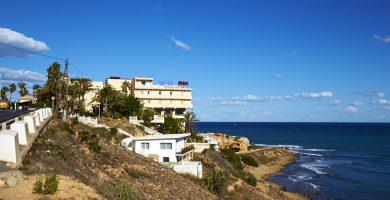 Playa Cala del Mojón en Torrevieja