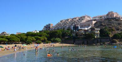 Playa Cala del Pino en Nerja