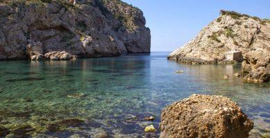 Playa Cala d'Es Portixol en Sant Joan de Labritja