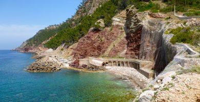 Playa Cala Estellencs en Estellencs