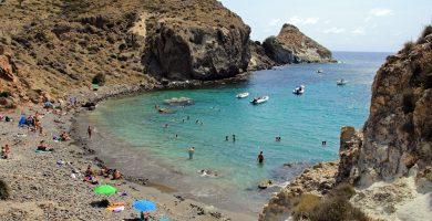 Playa Cala Higuera en Níjar