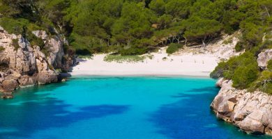 Playa Cala Macarelleta en Ciutadella de Menorca