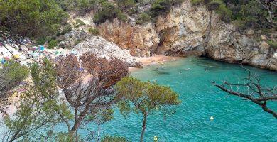 Playa Cala Pola en Tossa de Mar