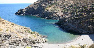 Playa Cala Portaló en Cadaqués