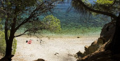 Playa Cala Rostella en Roses