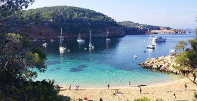 Playa Cala Salada en Sant Antoni de Portmany