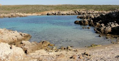 Playa Cala Viola de Ponent en Es Mercadal