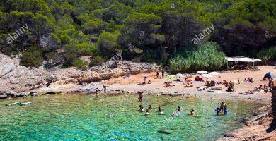 Playa Cala Xuclá en Sant Joan de Labritja