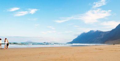 Playa Caleta de Famara en Teguise