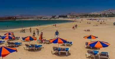 Playa Caleta del Espino en Haría