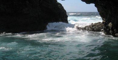 Playa Charco Azul en San Andrés y Sauces