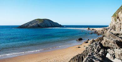 Playa Covachos en Santa Cruz de Bezana