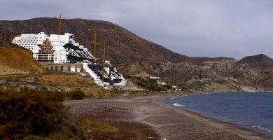 Playa El Algarrobico en Carboneras