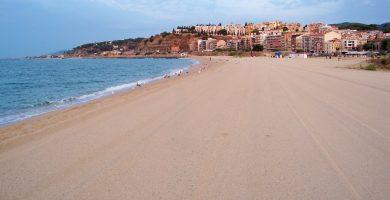 Playa El Cavaió en Canet de Mar