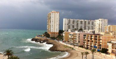 Playa El Faro en Cullera