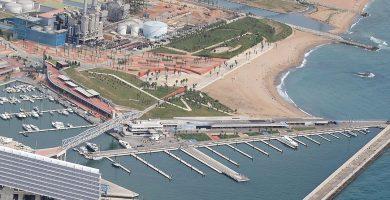 Playa El Fórum en Sant Adrià de Besòs