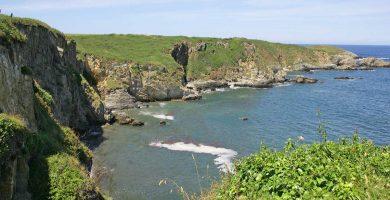 Playa El Murallón en Tapia de Casariego
