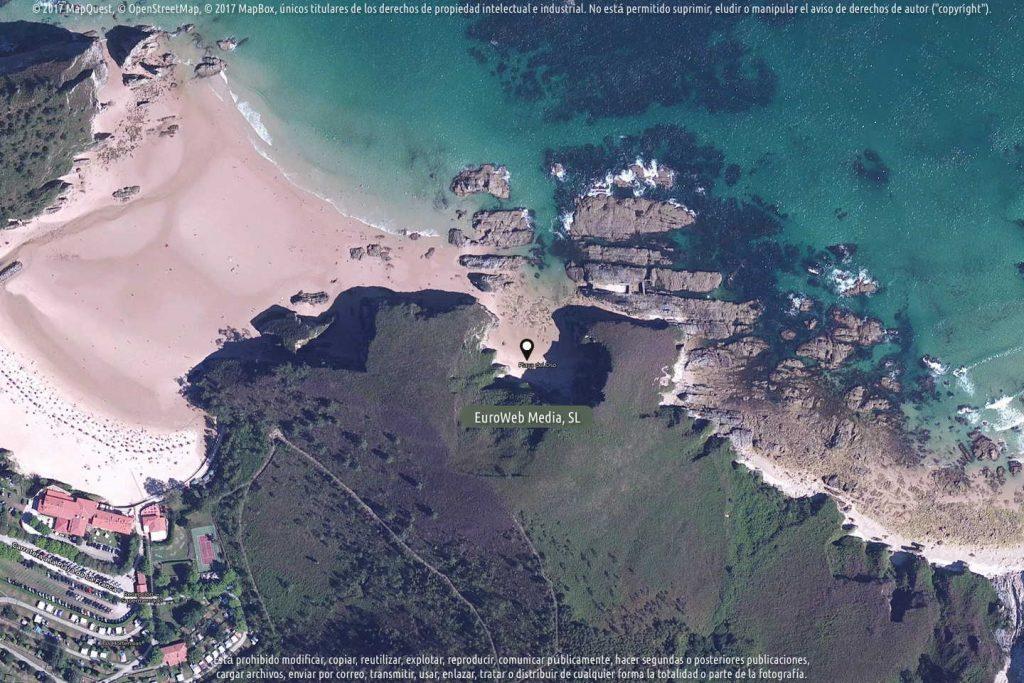 Playa El Oso en Ribadedeva