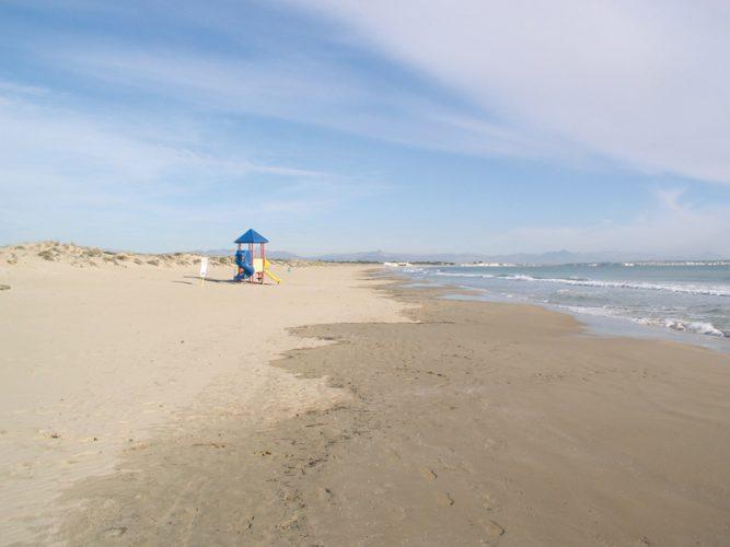 Playa El Rebollo en Elche