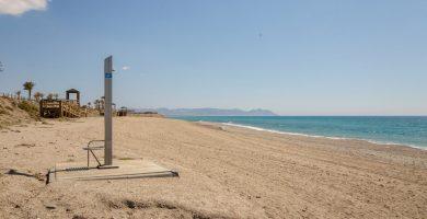 Playa El Toyo en Almería