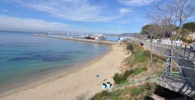 Playa Els Palangrers en Roses