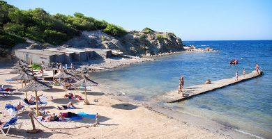 Playa Es Canal de S'Olla en Sant Josep de sa Talaia