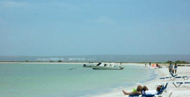 Playa Es Dolç en Ses Salines