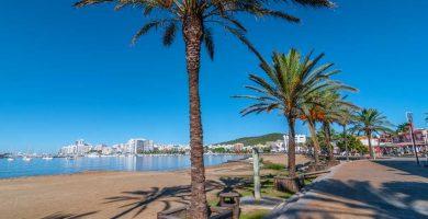 Playa Es Puetó en Sant Antoni de Portmany
