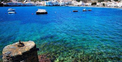 Playa Es Sortell en Cadaqués