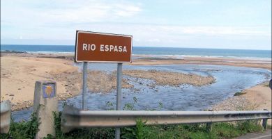 Playa Escañu en Colunga