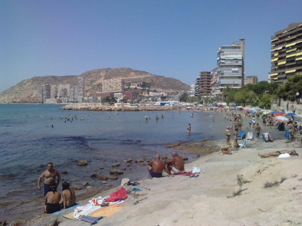 Playa La Almadraba en El Campello
