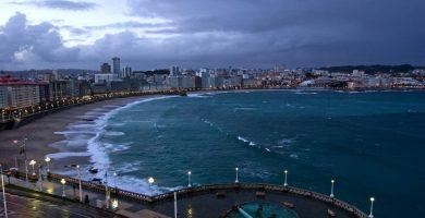 Playa La Cetárea en A Coruña