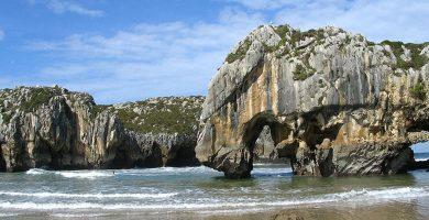 Playa La Entrada en Llanes