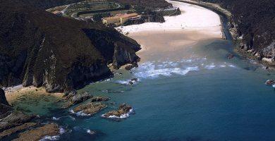 Playa La Franca en Ribadedeva