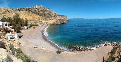 Playa La Garrofa en Almería