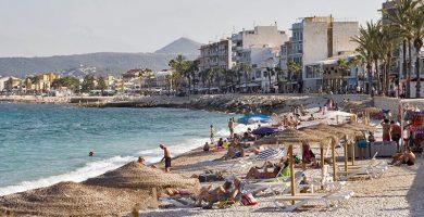 Playa La Grava en Jávea