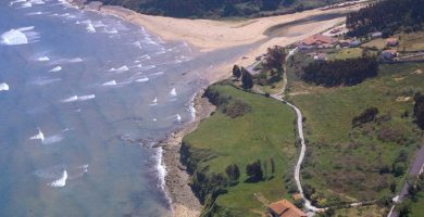 Playa La Griega en Colunga