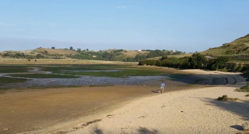 Playa La Riberuca en Suances