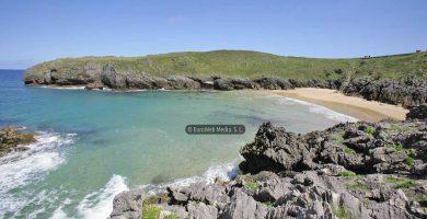 Playa La Tayada en Llanes