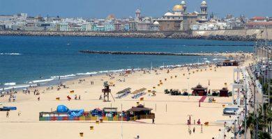 Playa La Victoria en Cádiz