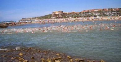 Playa Les Anquines en Sitges