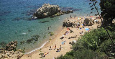 Playa Les Roques en Calella