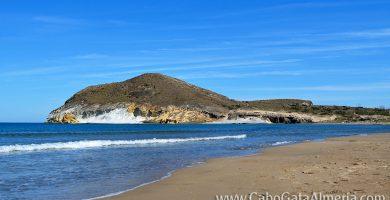 Playa Los Genoveses en Níjar